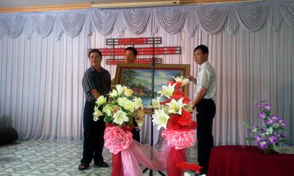 Hình ảnh cựu HV khóa 7 họp mặt kỷ niệm 25 năm tốt nghiệp SQLQ2 2012-09-09110024