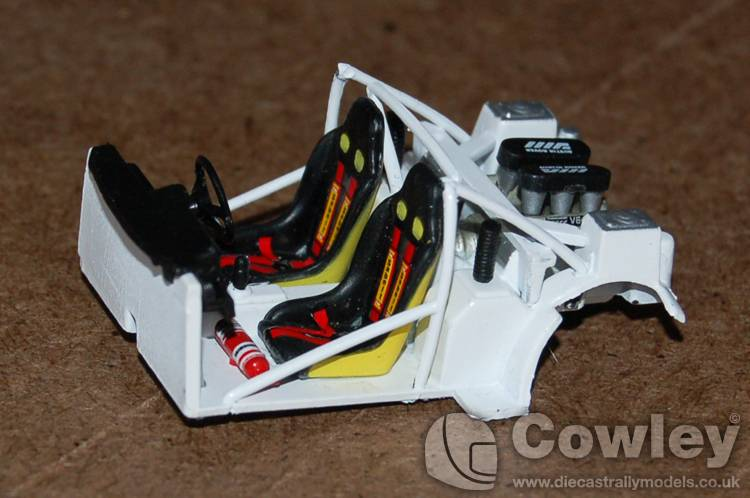 6R4 model hints, tips and improvements... ROLLCAGE-2