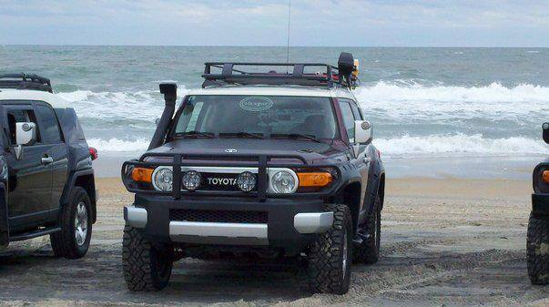 Post a Picture of Your FJ - Page 3 297385_10100279908173867_29624621_49059812_1979773905_n