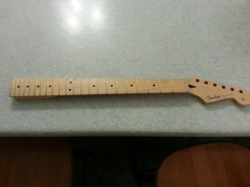"""[PROJECT] Fender Stratocaster SSS """"Mami Model"""" - Page 2 20130129_211702_zpsff2fe945"""