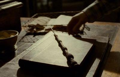 Ραβδί απο Κουφοξυλιά: Το δίλημμα  Elder_Wand