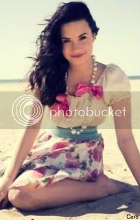 Mes petits trucs à moi :) Demi-Lovato-Girls-Life-Magazine-NEW-Photoshoot-demi-lovato-12935781-266-399
