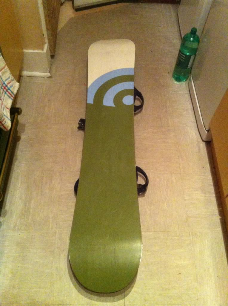 Signal snowboard with k2 bindings  3090a30e