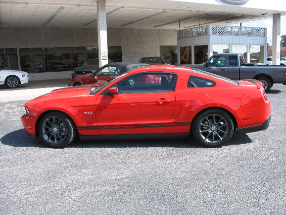 Picture of 2011 Mustang Fever Sweepstakes GT Mustangfeb23002