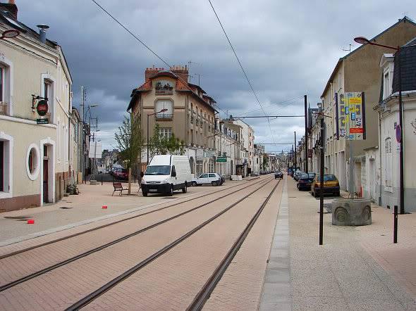 Le tram-train se précise LeMansTramStreetrenewal