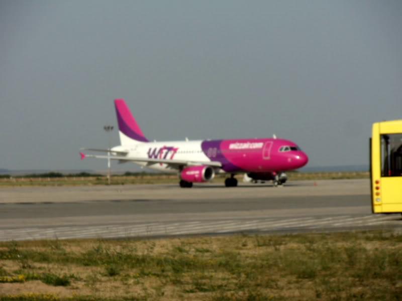 Aeroportul Timisoara (Traian Vuia) - iulie 2011 DSC00572