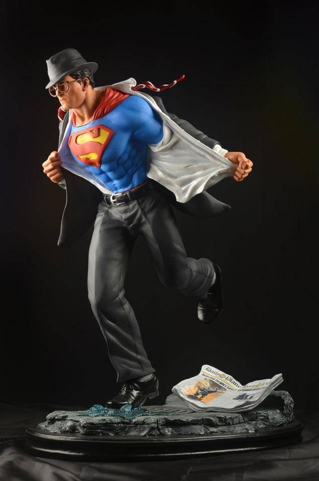 [Custom da Semana] Clark Kent Superman 1/4 scale | by xentric83 Bbd8a8d664587da3010079529889003f_zps643dba84
