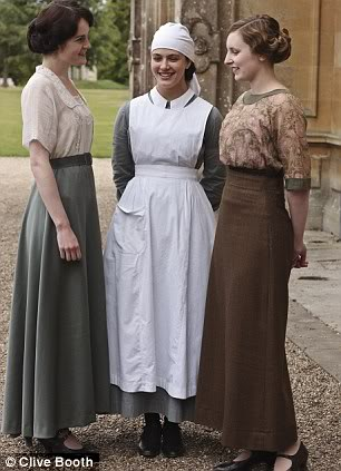 Downton Abbey (2010-) Article-2018876-0CFEA33300000578-164_306x423