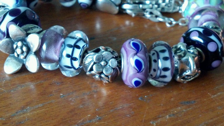 Found some dalmation beads & a new black one Photobucket-17254-1368480122708_zpse02cc07e