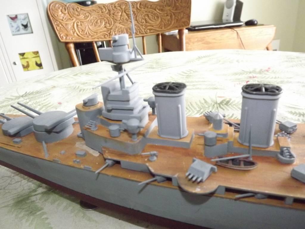 HMS Hood de Lindberg au 1/400 DSCF1160