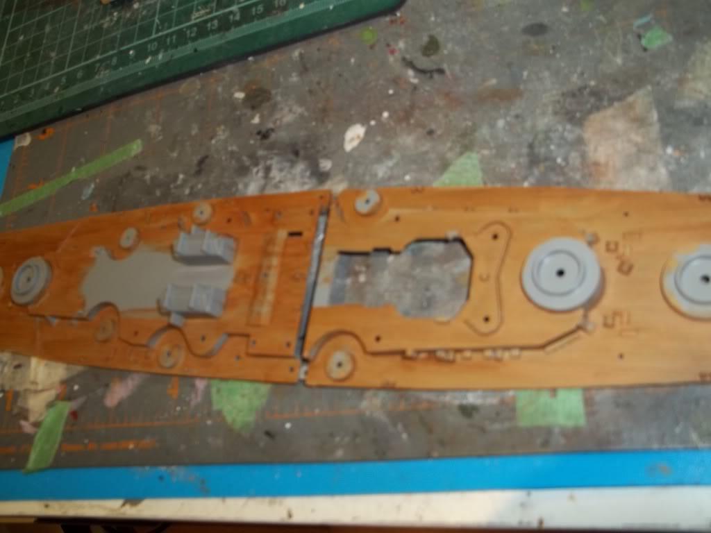 Tirpitz de Revell au 1/570 100_0895