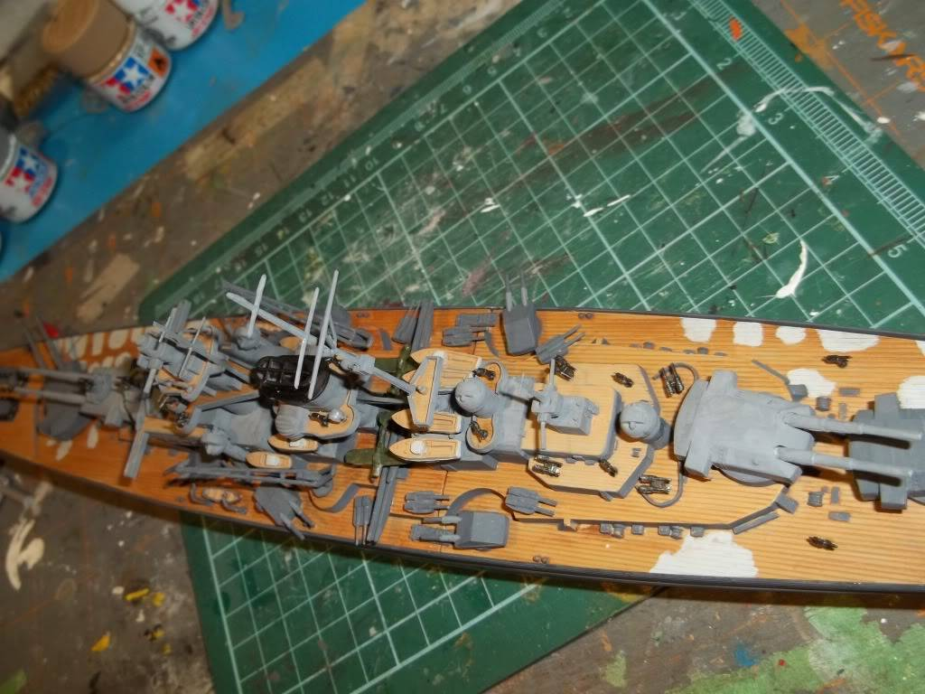 Tirpitz de Revell au 1/570 - Page 2 100_1058