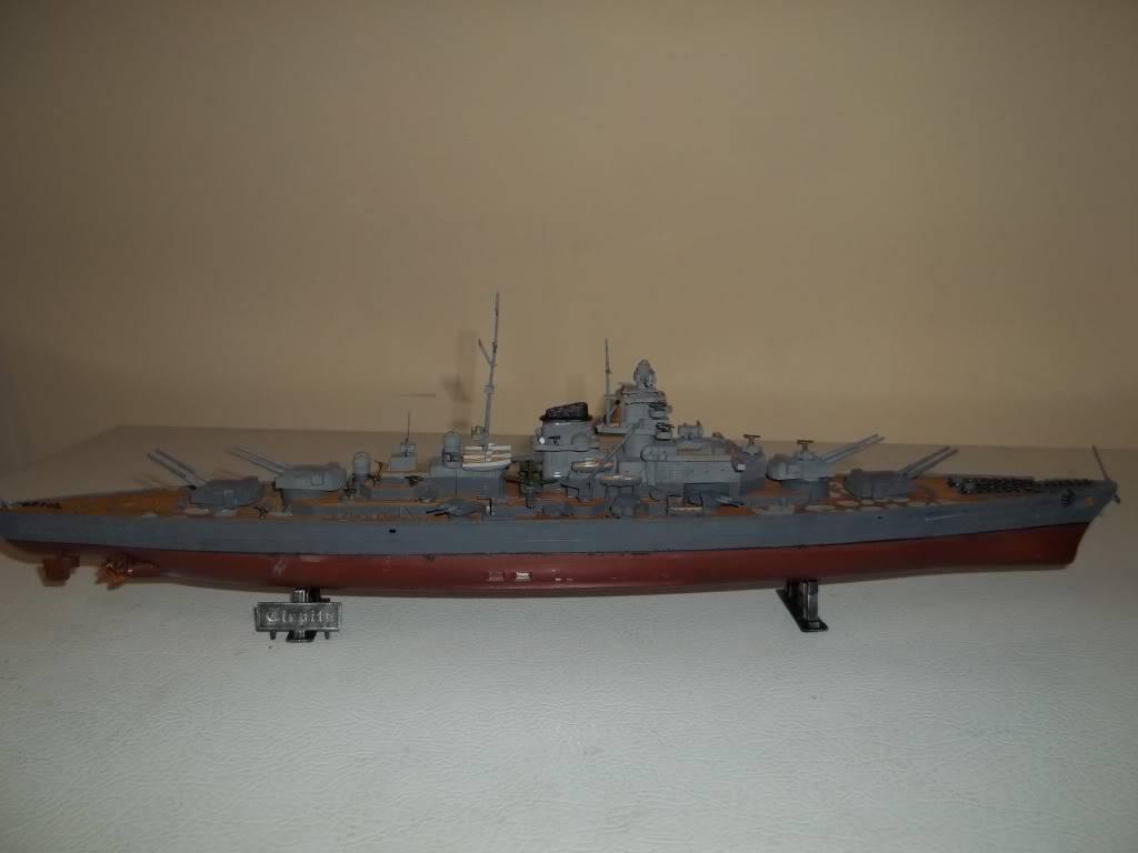 Tirpitz de Revell au 1/570 - Page 2 100_1060