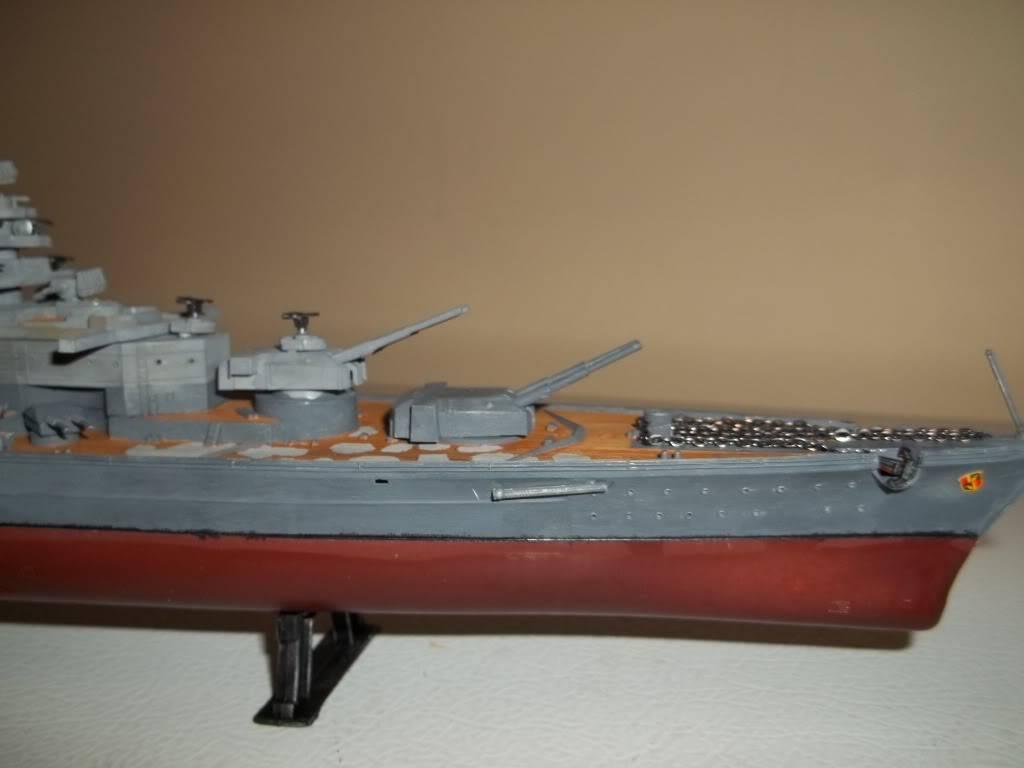 Tirpitz de Revell au 1/570 - Page 2 100_1063