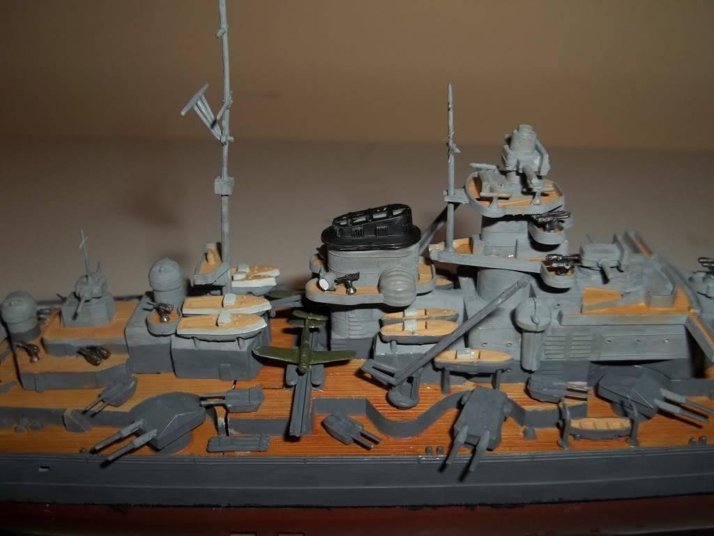 Tirpitz de Revell au 1/570 - Page 2 100_1065