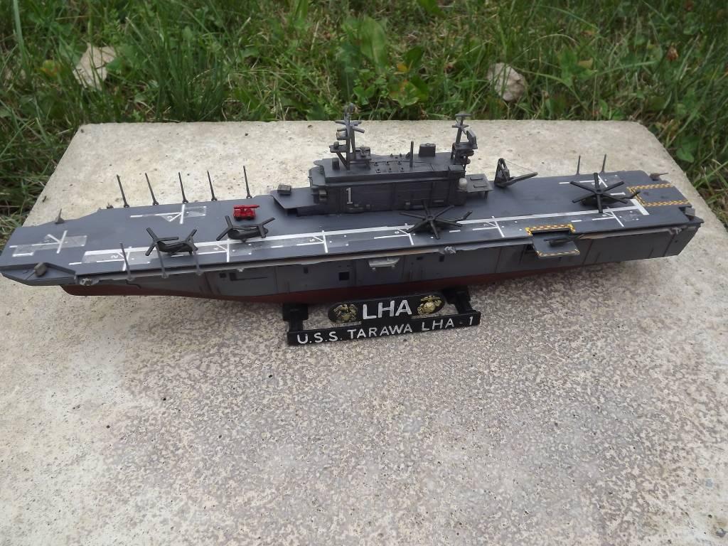 USS Tarawa de Revell au 1/720 DSCF0722