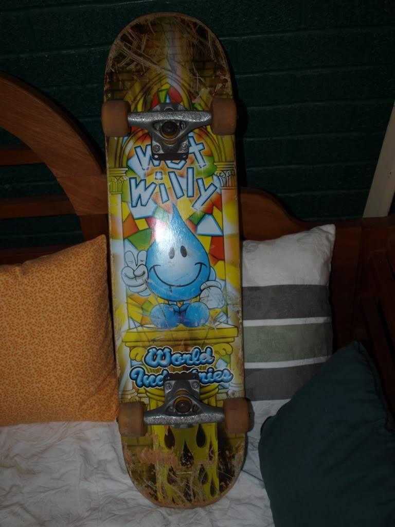 doin my best j gonzales impression: sellin shit! Skateboard01