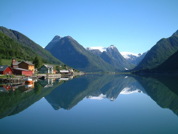 Mes bukurisë dhe sigurisë! Vizitoni vendet më të sigurtë në botë Norvegjia_zps27cce265