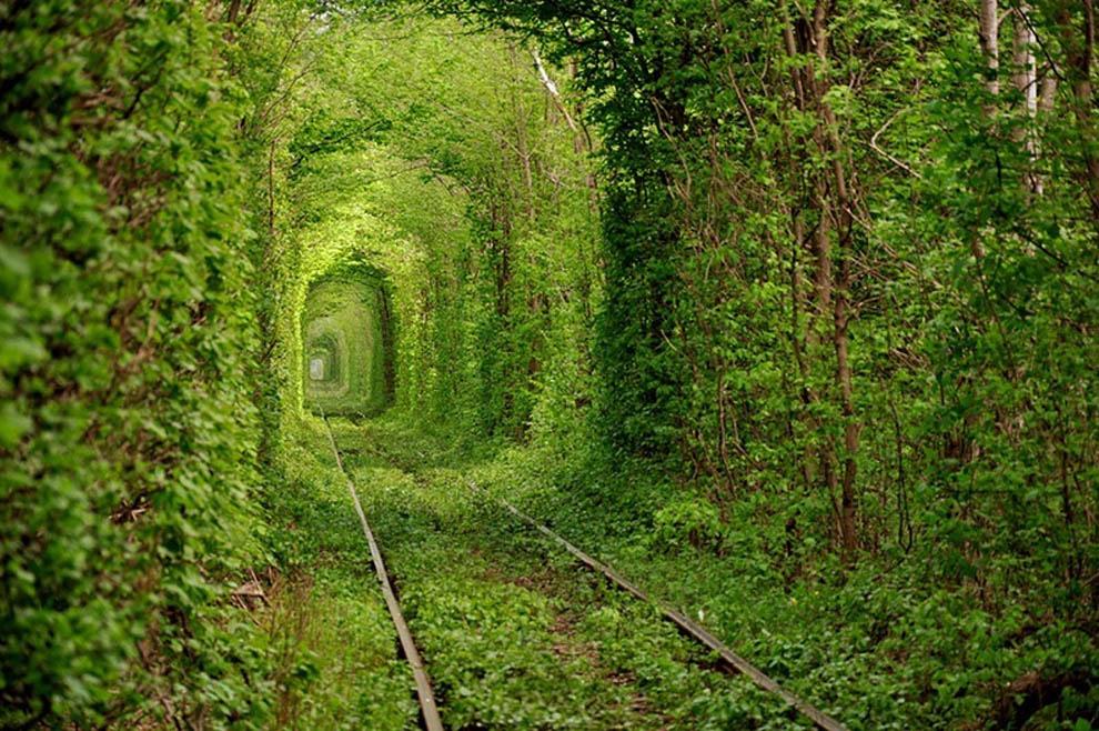 Shijoni 10 vendet me te bukura ne bote (FOTO) Tuneliidashurise_zpsf8275fec