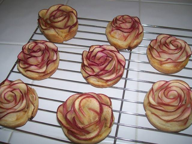 Apple Rose Pastry Toris%20Roses