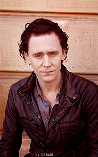 Tom Hiddleston - 200*320 Mly102