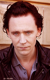 Tom Hiddleston - 200*320 Mly104