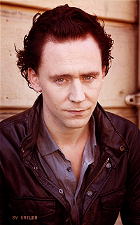 Tom Hiddleston - 200*320 Mly98