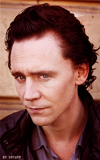 Tom Hiddleston - 200*320 Mly99
