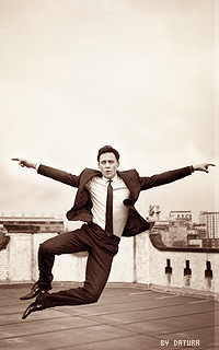 Tom Hiddleston - 200*320 Ft18