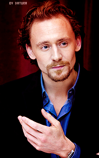 Tom Hiddleston - 200*320 Ft9