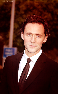Tom Hiddleston - 200*320 Raj5