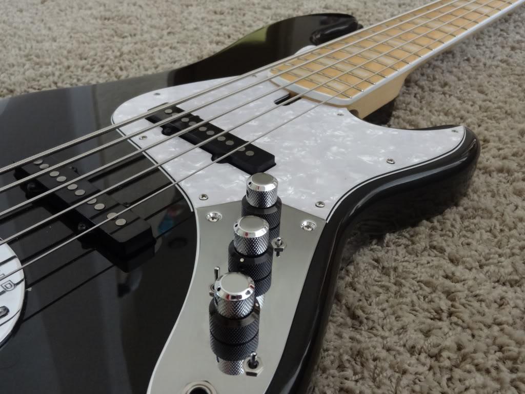 Mostre o mais belo Jazz Bass que você já viu - Página 6 DSC01226