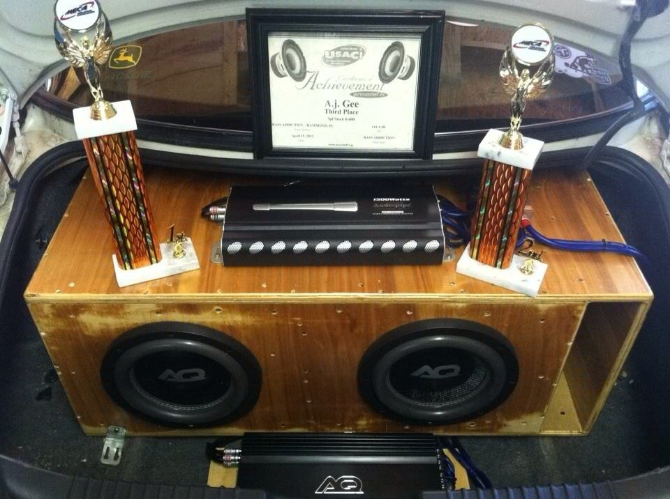 successful first year at car audio competitions 41EC0C88-AD09-4F84-BD74-5631393F81EE-2624-000004CE842DFADB