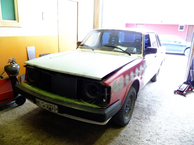 Tom - Volvo 240 turbo P1030897