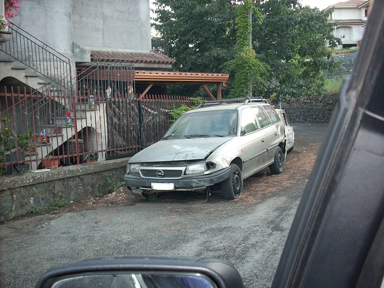 Auto Abbandonate - Pagina 4 DSCN1564