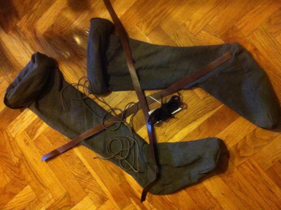 Ligas para calzas medievales IMG_1735_zps4eb85865