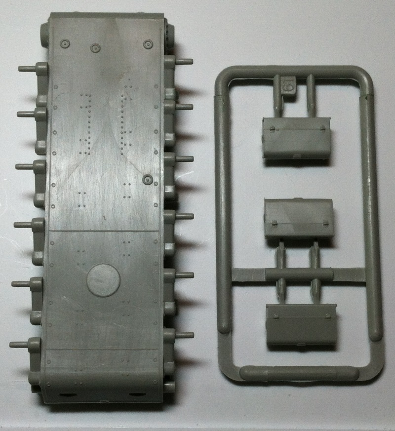 Trumpeter KV-2 Parts3800w_zpsa703000f