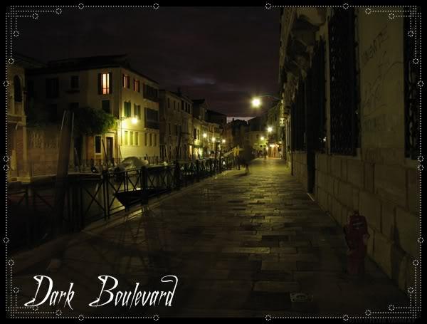 Calles del Boulevard Italy_Venice_Dark_Street