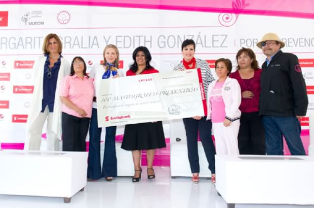 mamá - 2011-03-23. [ FOTOS & NOTAS ] Edith promueve prevención del cáncer de mama Prevencion5