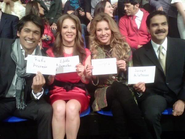 2010-11-30. [ FOTOS ] Grabaciones de los promos navideños de TV Azteca Promos1