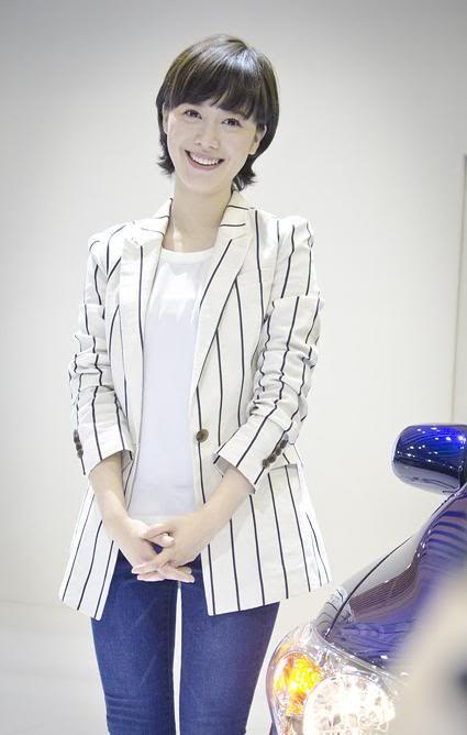 [Photo] Hye Sun tại buổi ra mắt Toyota - Page 3 Toyota4-1
