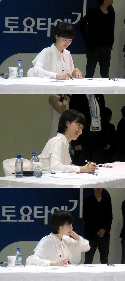 [Photo] Hye Sun tại buổi ra mắt Toyota - Page 3 Viewimage-100