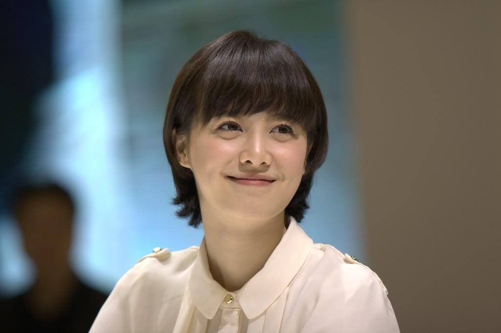 [Photo] Hye Sun tại buổi ra mắt Toyota - Page 3 Viewimage-74