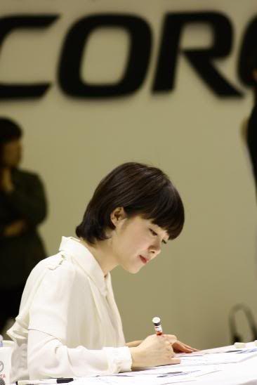 [Photo] Hye Sun tại buổi ra mắt Toyota - Page 3 Viewimage-76