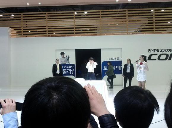 [Photo] Hye Sun tại buổi ra mắt Toyota - Page 3 Viewimage-93