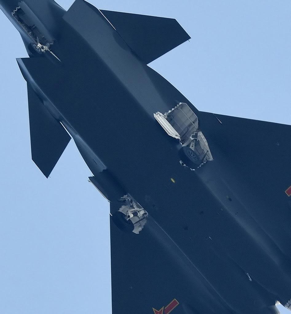 Chengdu J-20 Stealth Fighter - Page 2 27_66_8cb6bdeb34f56302