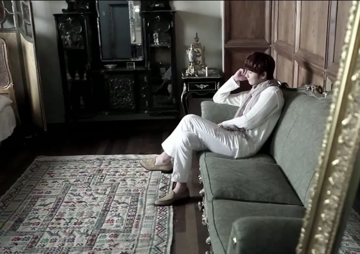[MV] 23/06/2011 - Heo Young Saeng ○ RAINY HEART   Rh09