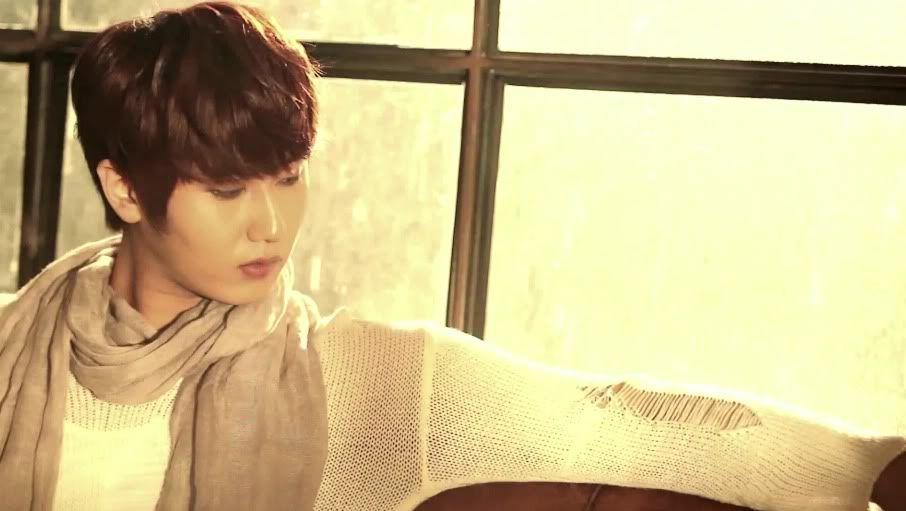 [MV] 23/06/2011 - Heo Young Saeng ○ RAINY HEART   Rh26