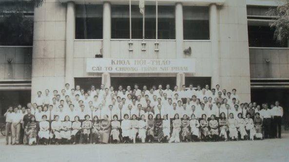 Giáo dục thời Việt Nam Cộng Hòa - Page 2 GD006