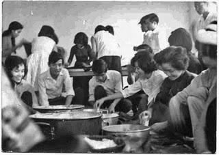 Giáo dục thời Việt Nam Cộng Hòa - Page 2 GD008